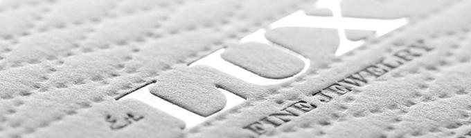 Création-de-cartes-de-visite-Marquage-à-chaud-I